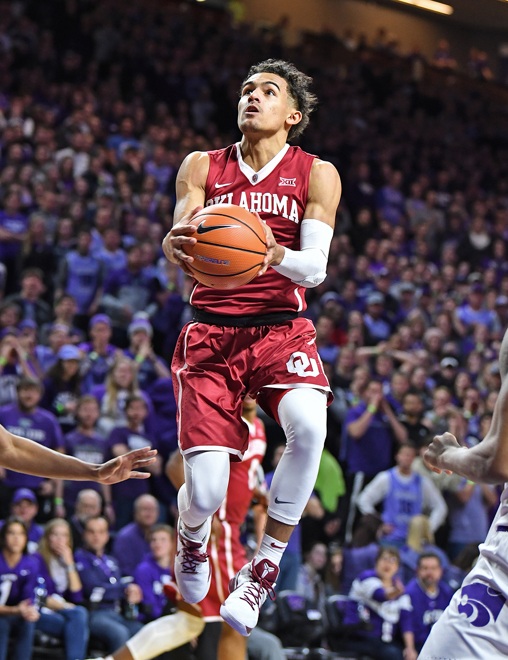 No. 12 Oklahoma edges Baylor 98-96 behind Trae Young's 44 points